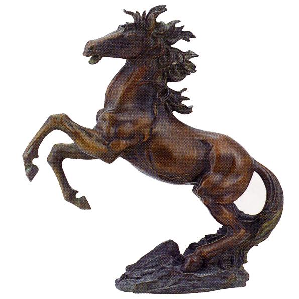 Статуэтка «Лошадь на дыбах с зеленой гривой»