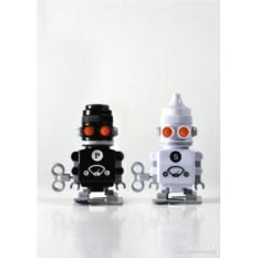 Заводные солонка и перечница 'bots