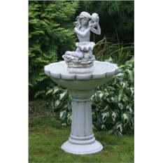 Дачный фонтан «Морская сирена с раковиной»
