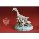 Скульптура «Семья гусей»