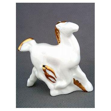 Анималистическая скульптура «Золотая лошадь»
