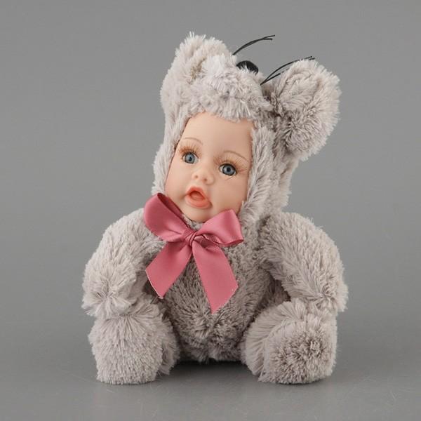 Коллекционная кукла Зверята в костюме мышки