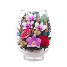 Композиция из розовых роз и орхидей