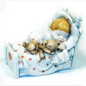 Фигурка «Мальчик с щенком - Сладкие сны»