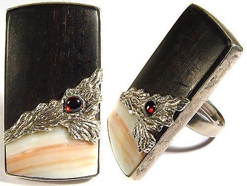 Кольцо Черное и розовое с гранатом