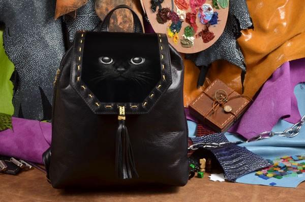 Женский черный кожаный рюкзак Чёрный кот