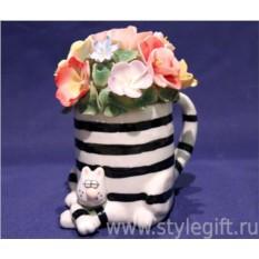 Кашпо-кот с цветами