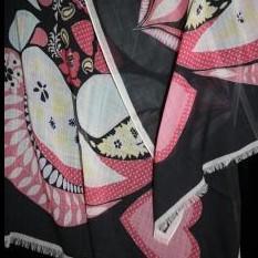 Шерстяная шаль Rochas