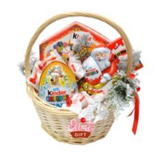 Подарочная корзина Новогодний киндер