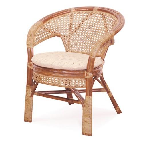 Кресло из ротанга с подушкой