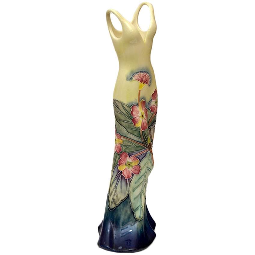 Фарфоровая ваза Платье