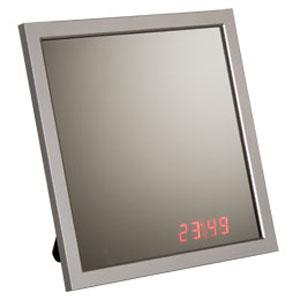 Часы-зеркало с датчиком звука