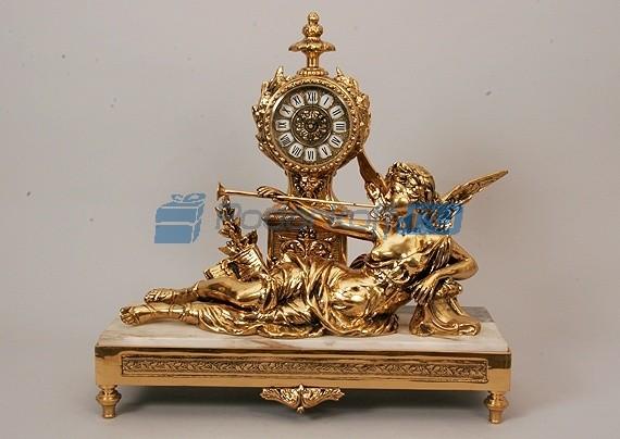 Часы из бронзы Муза на мраморной подставке