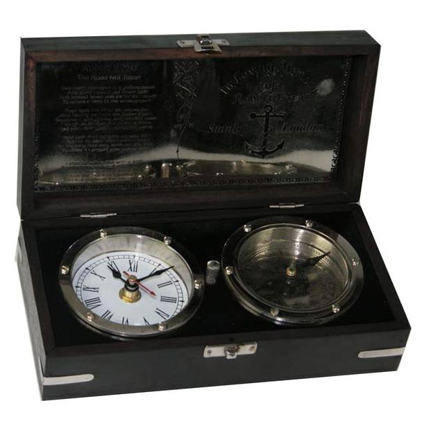 Сувенир «Часы и компас»