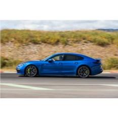 Поездка на Porsche Panamera Turbo по ТТК в течении 2 часов