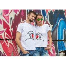 Парные футболки «Hand Love»