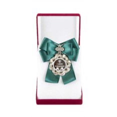 Медаль с большим зеленым бантом С Днем Рождения!