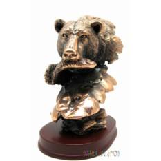 Статуэтка Медведь с рыбой