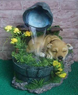 Декоративный фонтан Щенок спит у водопада
