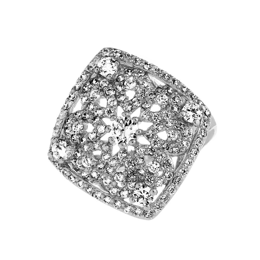Кольцо из серебра усыпанное фианитами