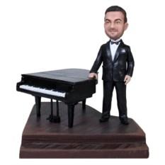 Фигурка пианиста по фотографии За роялем