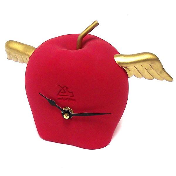 Часы Яблоко с крыльями
