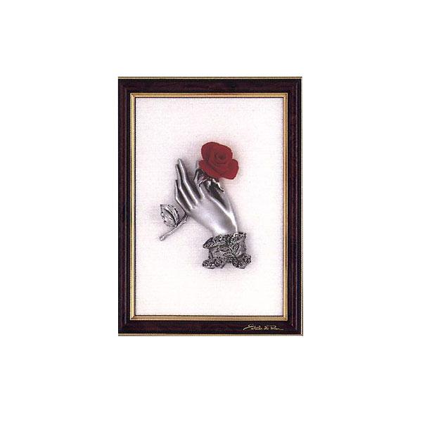 Панно «Рука с розой в рамке»