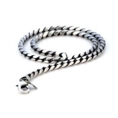 Черненая цепочка из металла