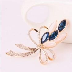 Брошь с синими кристаллами Сваровски и опалами Комплимент