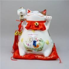 Японский кот-копилка Манеки-неко Успех в бизнесе и удача!