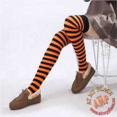 Черно-оранжевые полосатые гольфы