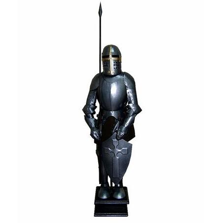 Фигура рыцаря со шкатулкой