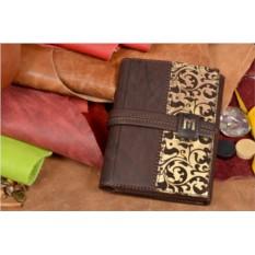 Коричневый кожаный портмоне
