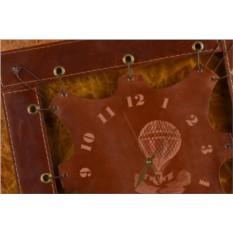Часы из кожи Полет (коричневый, квадратная рама)