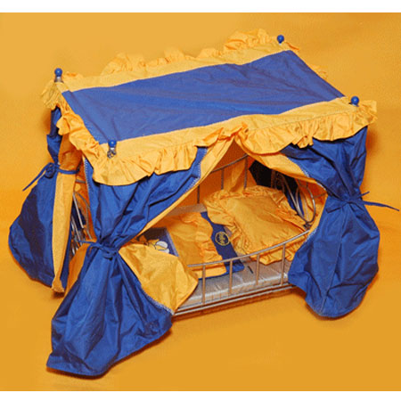 Кроватка с балдахином для куклы Гулливер