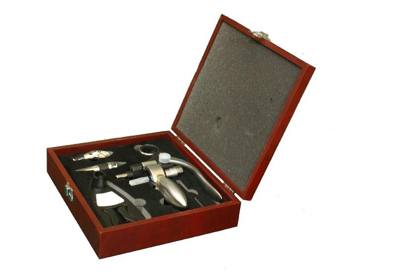 Набор аксессуаров для вина в ящике