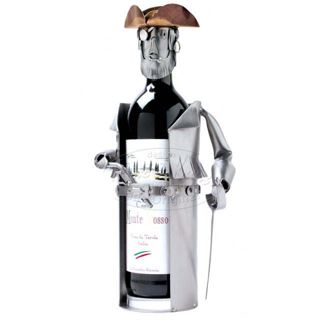 Фигурка на бутылку «Пират»