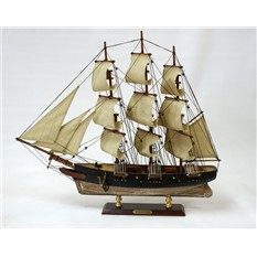 Модель парусника Uss Hartford