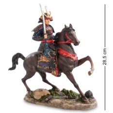Статуэтка Самурай на коне , высота 28,5см