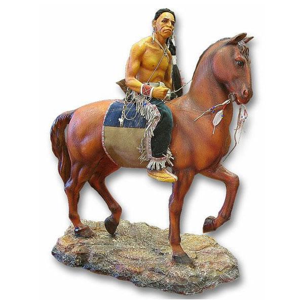Статуя «Индеец на лошади»