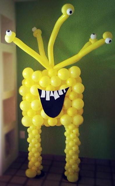 Фигура из шаров Желтый Монстрино