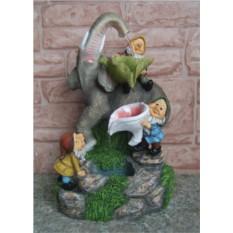 Фонтан Гномики и большой слон