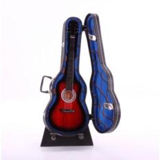 Декоративная акустическая гитара в чехле
