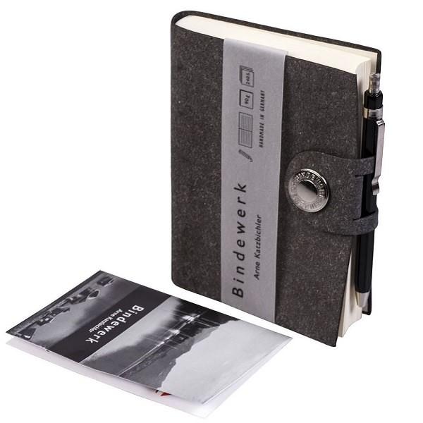 Книга для записей Lefa, линованая, серая, с карандашом