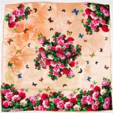 Платок с бабочками и цветами