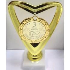 Кубок-сердце с медалью 3 года вместе. Кожаная свадьба