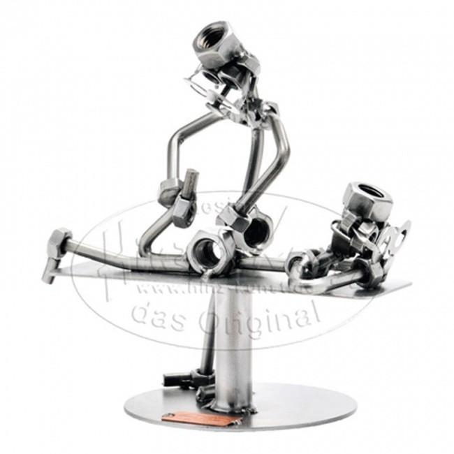 Статуэтка из металла Физиотерапевт