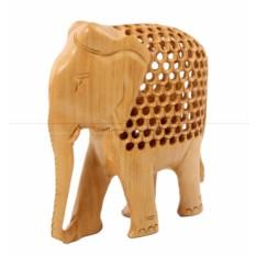 Резная статуэтка Слон с опущенным хоботом вниз