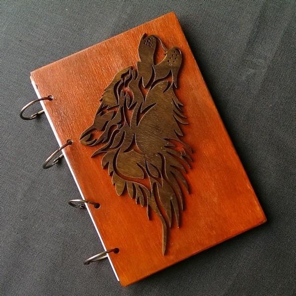Деревянный блокнот Волк