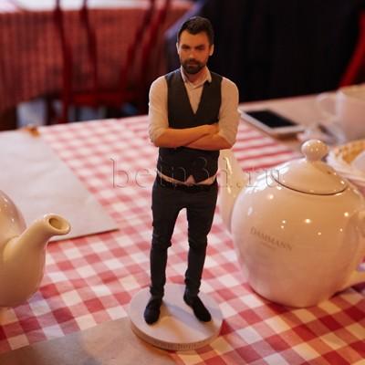 3D фигурка начальника - миниатюрная копия